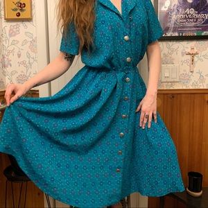 Vintage 1980s Button Front Patterned House Dress